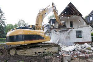 Les étapes de démolition d'une maison