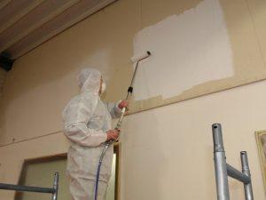 Les outils et accessoires du peintre en bâtiment