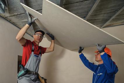 Poser un faux plafond : Les erreurs à éviter