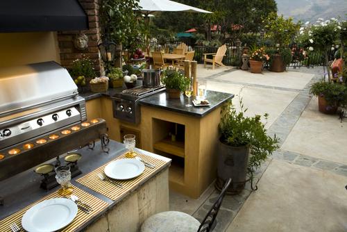 Le choix des matériaux d'une cuisine extérieure